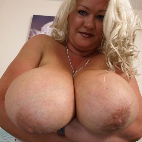 Nicole 40JJ -