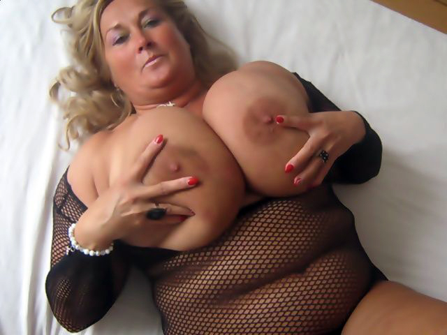 Escorts with huge tits