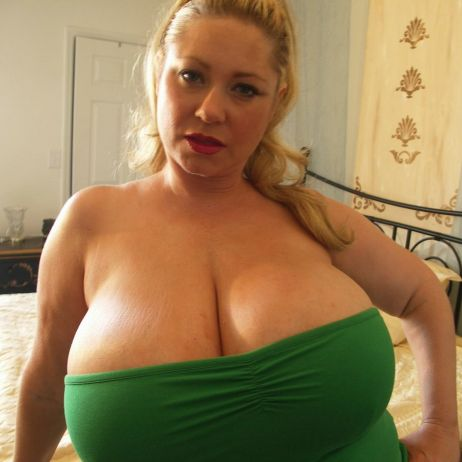 bbw blonde escort bra